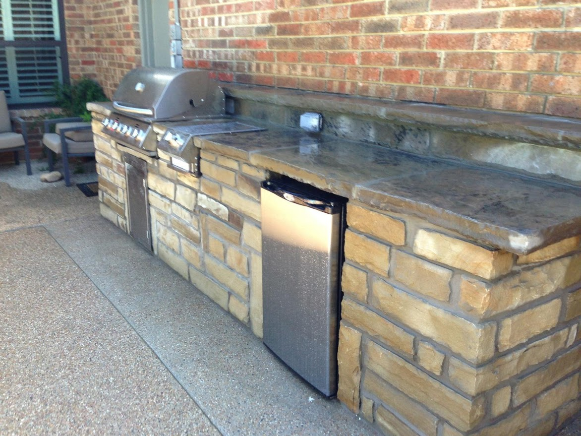 Chopped Stone Outdoor Kitchen